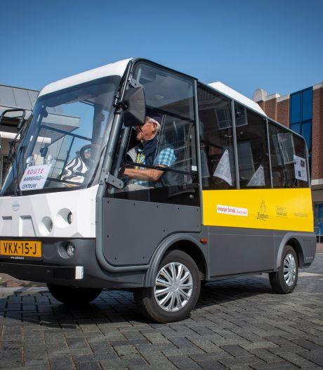 Na stroeve opstart rijden 65+-busjes nu door Zutphen: 'Eindelijk'