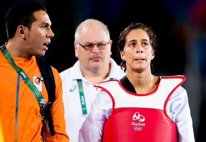 Reshmie Oogink tijdens de kwartfinale taekwondo tegen Jackie Galloway uit de VS tijdens de Olympische Spelen van Rio.