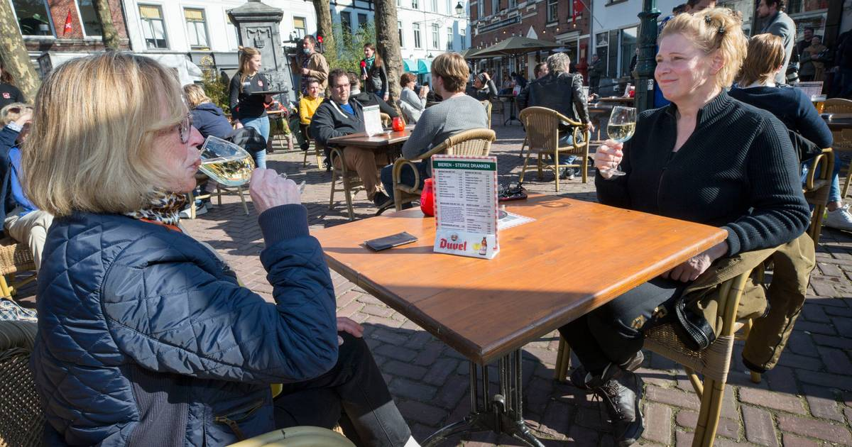 Even zijn alle ogen gericht op dat rebelse terras in Breda: 'Zelfs Al Jazeera heeft gebeld' - BN DeStem