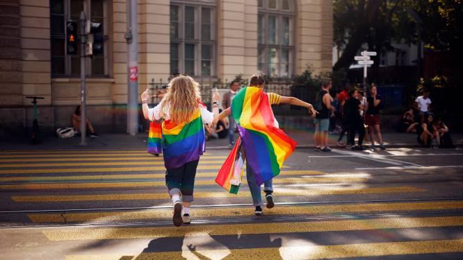 Zwitsers stemmen vandaag in referendum over legalisatie homohuwelijk