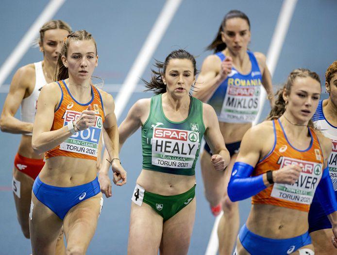 Femke Bol en Lieke Klaver in de finale.