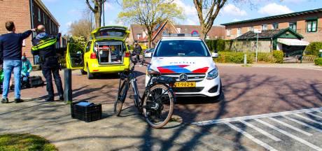 Opmerkelijke actie van automobilist na aanrijding met fietser in Apeldoorn: 'Haalde 'L' van zijn dak en reed door'