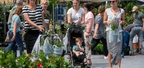 Bloemenmarkt 'light' in Huissen mag ook niet doorgaan: 'Jammer dat het zo vlak voor Moederdag niet kan'