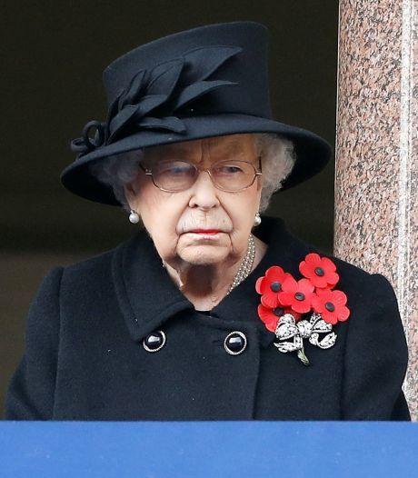 Elizabeth II reprend ses activités, quelques jours après la mort du prince Philip