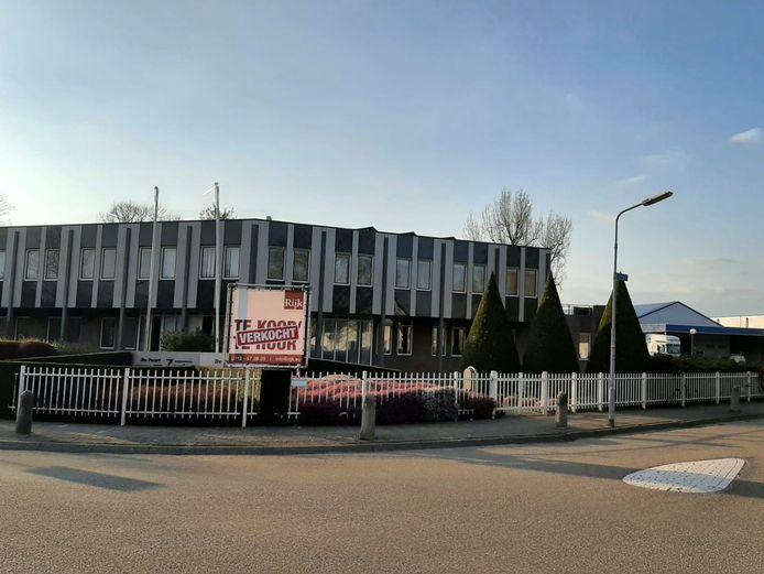 De Poort van Zoute werd deze maand 25 jaar geleden in gebruik genomen door de Rabobank. Het pand is onlangs gekocht door Apex Uitzend BV.