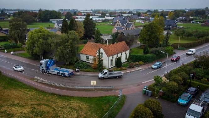 Bijna uitgekocht gezin baalt van politiek gevecht om Karstraatbochten: 'Dit is een emotionele reis vol ongeloof'