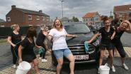 'Team Bride' wast auto's om vrijgezellenfeestje te financieren