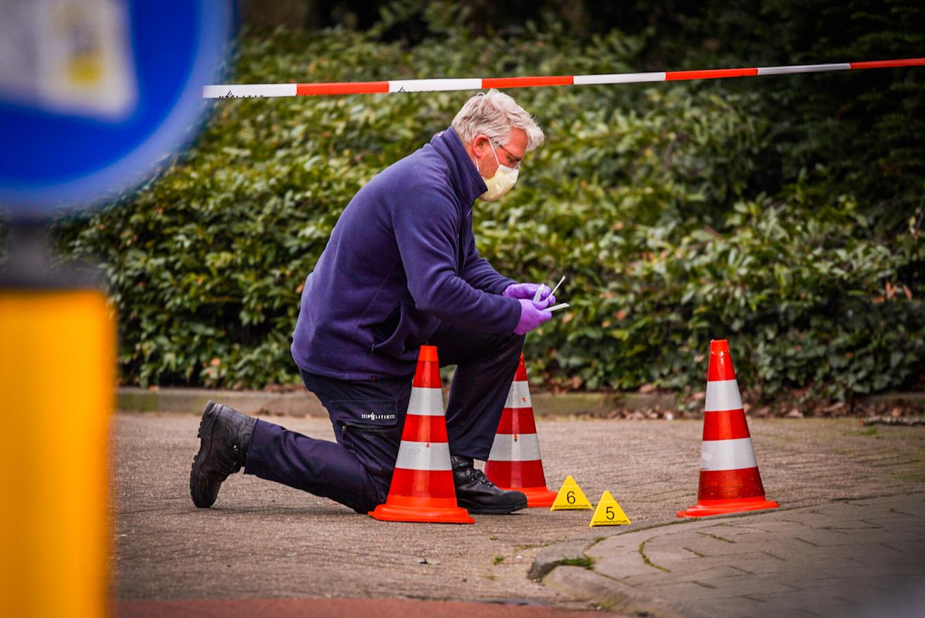 De politie doet onderzoek naar het steekincident.