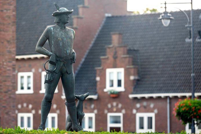 Huissen, 9 oktober 2020. Voor rubriek Buiten Beeld: kunstwerk de Poortwachter in Huissen. 213490 . dgfoto. Foto: Gerard Burgers