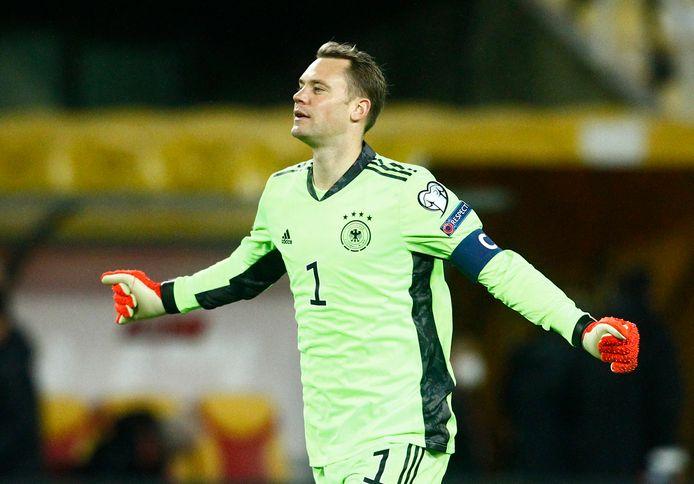 Manuel Neuer estime que l'Allemagne doit toujours aborder un grand tournoi pour le gagner.