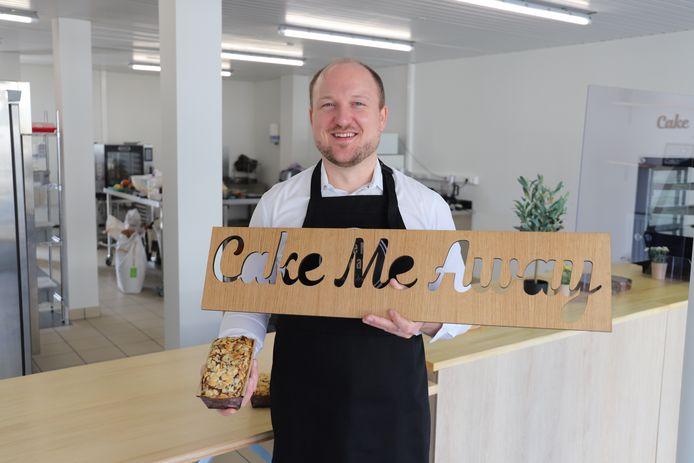 Klaas Ornelis (37) opende gloednieuwe dessertwinkel Cake Me Away.