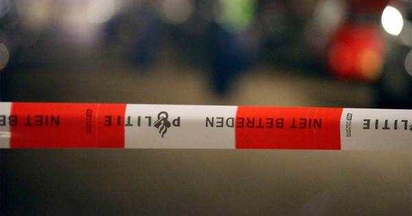 Buurtbewoners houden dronken automobilist vast na aanrijding in Schijndel.