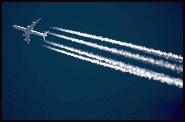 Een vliegtuig in de buurt van luchthaven Schiphol. Beeld Martijn Beekman