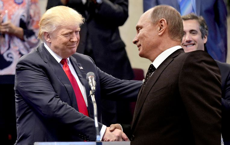 Donald Trump en Vladimir Poetin. Beeld rv/fotomontage