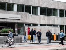 Studenten Radboud voelen zich slechter door coronacrisis, maar drinken en slikken minder: 'Door avondklok rijdt de dealer niet meer'