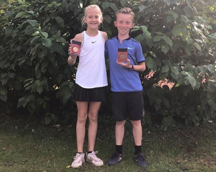 Hannelore Daniëls en Mats Peeters van TC De Krekel Peer speelden in Luik de finale op het BK jeugd