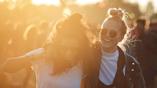 """Deux couples sur trois sont amis avant de se mettre ensemble: """"La frontière entre l'amitié et la romance est floue"""""""