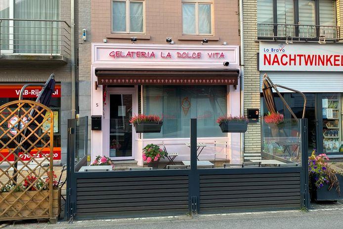 IJssalon Gelateria La Dolce Vita is sinds de zomer van 2018 in de Nieuwsstraat in Lede te vinden.