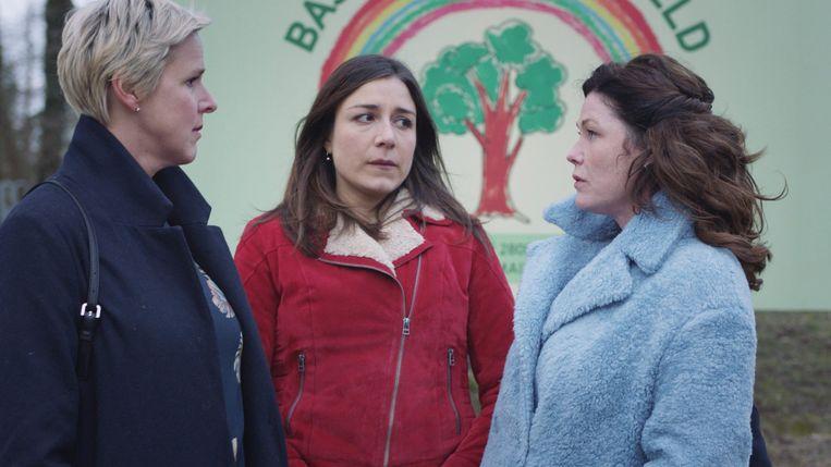 Tine Embrechts (Nicole), Alejandra Theus (Anna), Ini Massez (Saskia)
