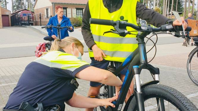 Fietslabelactie in Veerle-Heide succes met 91 fietsers