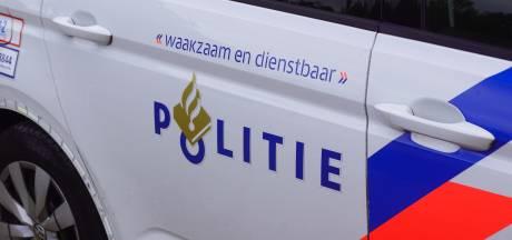 Politie treft 'bange en verwarde' man aan in IJzendoorn en zoekt naar 'kleine gele auto'