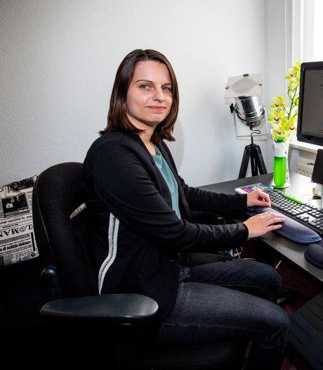 Werkgevers schrikken als Bettine (32) vertelt dat ze slechthorend is
