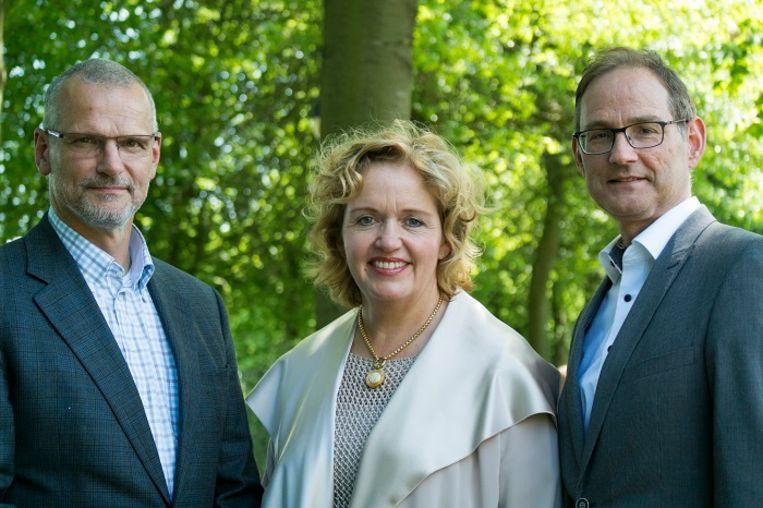 Hubert de Leeuw, aan de linkerkant, met collega's Anja Horvers en Paul van den Wittenboer van Audax. Beeld Audax