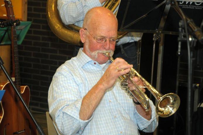 Marc van Nus bespeelde tot zo lang het kon zijn trompet