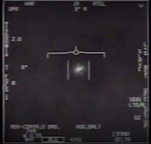 Een UFO-waarneming uit 2014 werd geheim gehouden door het Pentagon. Nu blijkt dat het Amerikaanse defensieministerie stalen wist te  nemen van UFO's, maar de metaallegeringen stellen wetenschappers voor een raadsel.