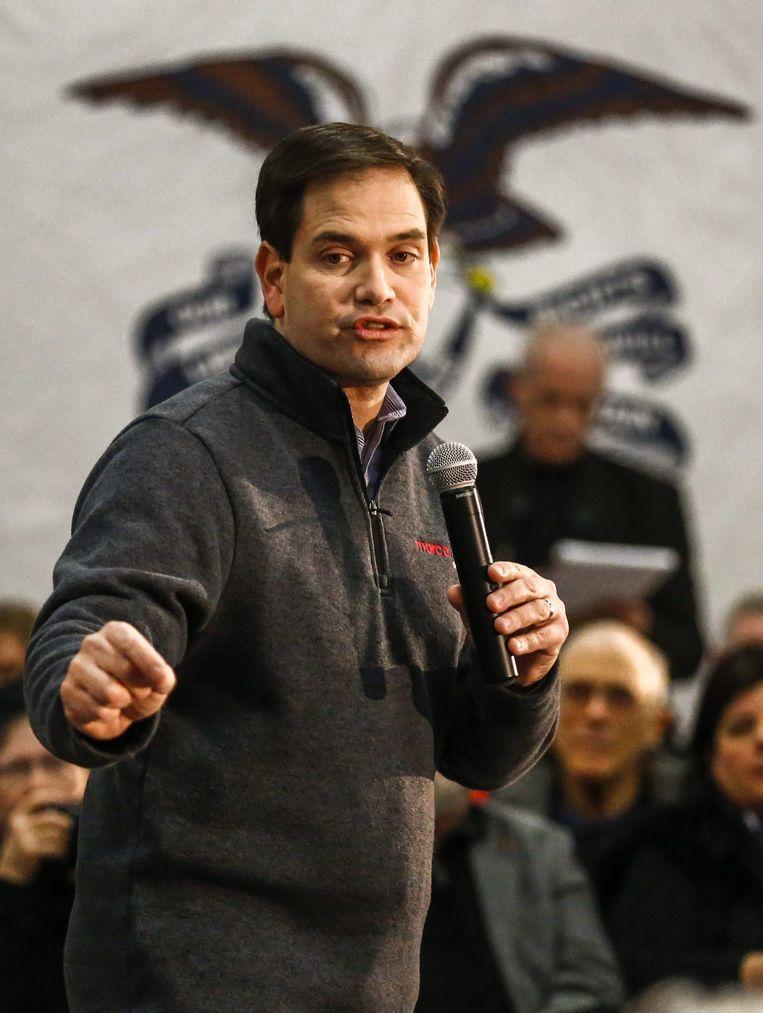 Senator Marco Rubio, hier op campagne in Iowa, staat op de tweede plek met 39 miljoen dollar. Beeld EPA