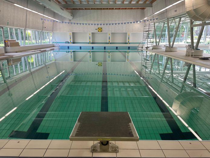 Het zwembad van Nijlen is weer gevuld, na twee jaar droog te hebben gestaan.