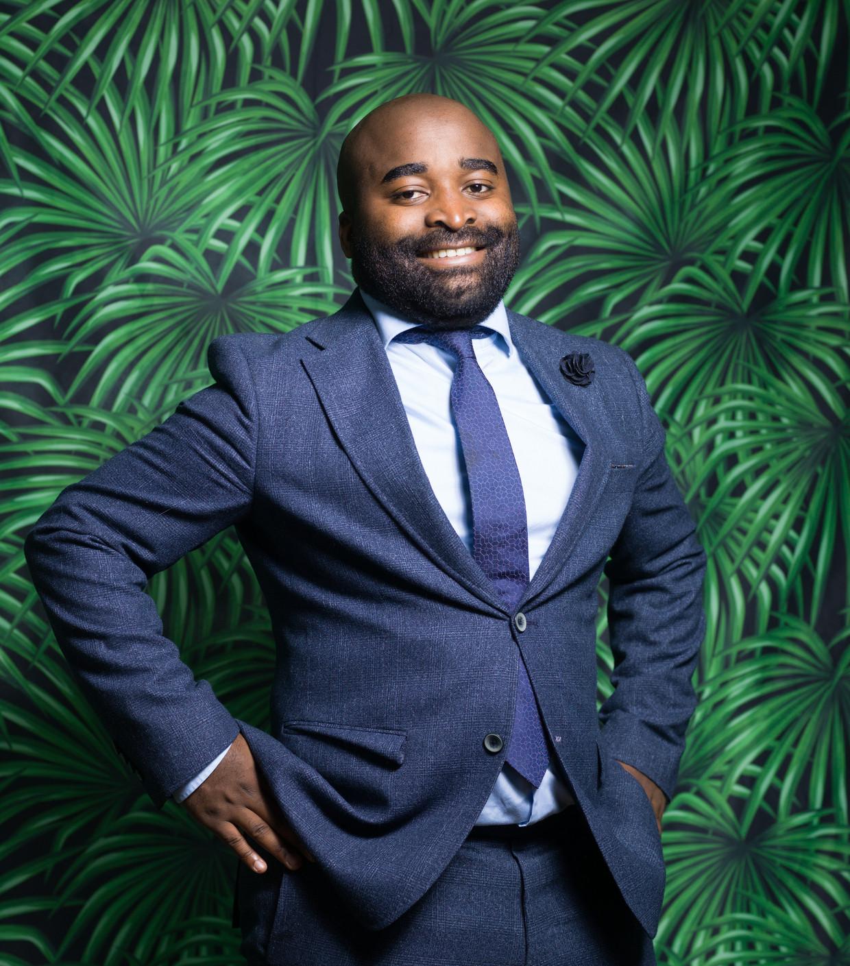 Kiza Magendane: 'In naam van de natiestaat wordt het getolereerd dat mensen verdrinken alsze op zoek gaan naar een beter leven. Dat vind ik onacceptabel.' Beeld Ivo van der Bent