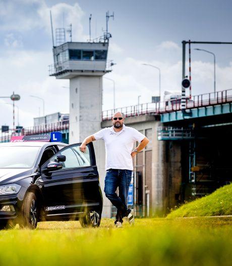 Bredere rijstroken op de Haringvlietbrug: 'Die 40 centimeter kunnen een hoop ellende voorkomen'