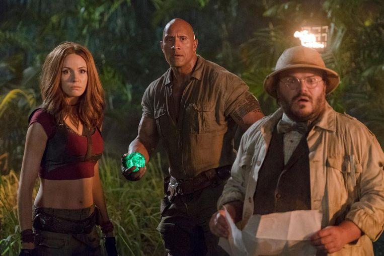Van links naar rechts: Karen Gillan, Dwayne Johnson en Jack Black in Jumanji: Welcome to the Jungle. Beeld