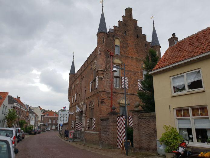 Foto van het Maarten van Rossemhuis / het Stadskasteel in Zaltbommel, gemaakt door Rijan van Leest, conform tarieven de Persgroep Nederland.