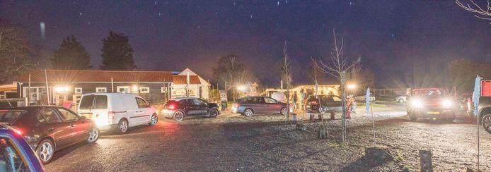 Veel mensen uit Waarde en omgeving weten de weg al aardig te vinden naar het drive-thru restaurant van de familie Goud
