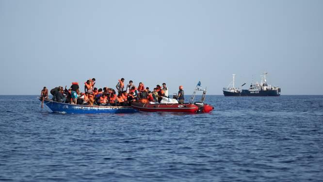 Nieuwe migrantenboot aangekomen voor Libische kust