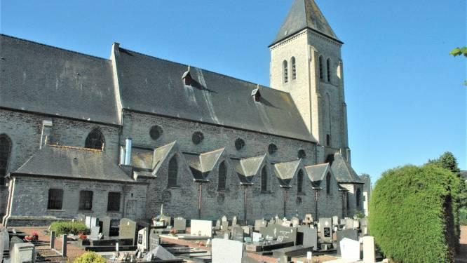 Pelgrim kan deze zomer op bedevaart in de dertien kerken van Sint-Thomasparochie