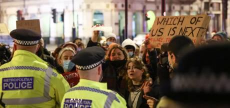 Premier Johnson belooft onderzoek naar optreden Londense politie bij wake vermoorde vrouw
