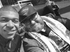 """Pluie d'hommages après le décès de Philousports, star de Twitter: """"Un exemple pour tous"""""""