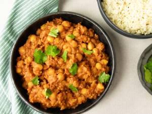 Wat Eten We Vandaag: Kikkererwtencurry met kruidige rijst