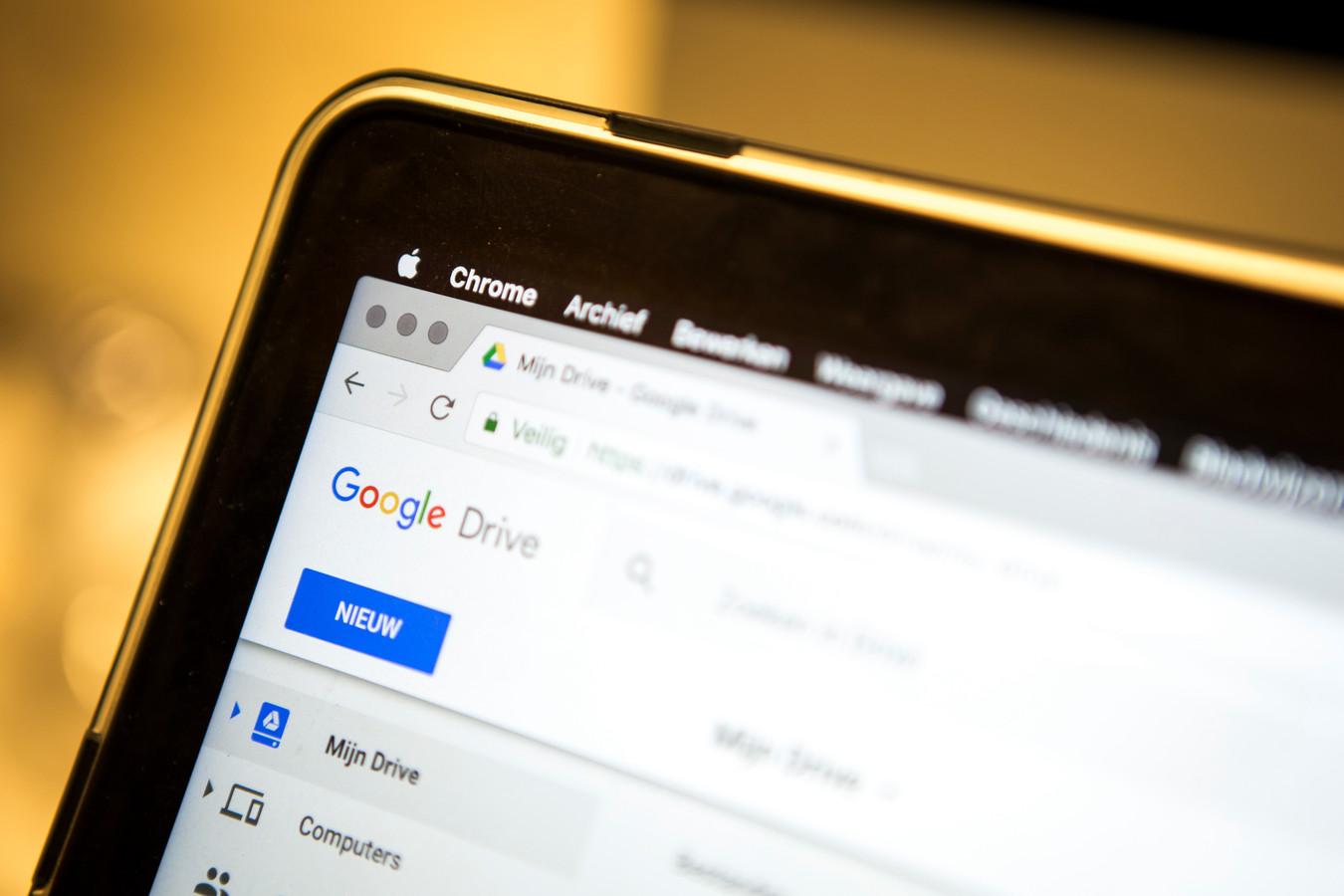 De Italiaanse mededingingsautoriteit AGCM heeft een zestal onderzoeken aangekondigd naar de cloudopslagdiensten van Apple, Google en Dropbox. Volgens de AGCM zouden de techbedrijven er oneerlijke handelspraktijken op nahouden.