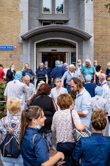 Operaties afgebroken, patiënten en personeel geëvacueerd na brand in Oogziekenhuis