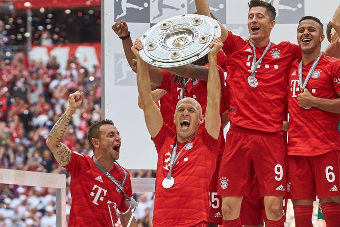 Toch nam Arjen Robben gewoon weer afscheid met een landstitel bij Bayern.