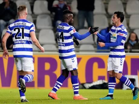 De Graafschap blijft met simpele zege op Jong PSV in het spoor van koploper SC Cambuur