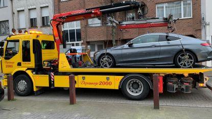 Wagen getakeld van Nederlander zonder geldige autopapieren