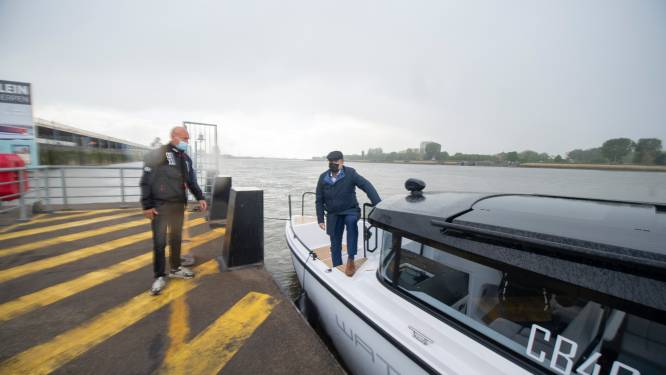 Niet goedkoop, maar wel snel en redelijk 'fun': met de Waterlimo over de Schelde