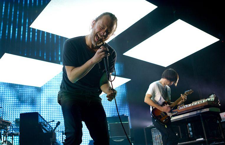 Zanger Thom Yorke en gitarist Jonny Greenwood tijdens een optreden van Radiohead. Beeld ANP Kippa