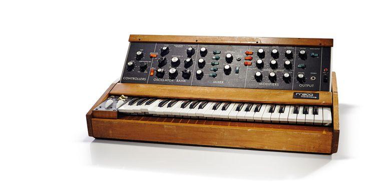 De Minimoog, de eerste compacte, draagbare synthesizer, veranderde de muziekwereld Beeld Getty Images