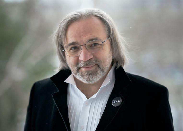 Victor Kossakovsky: 'Ik ben ons zat.'   Regisseur Viktor Kosakovskiy Beeld -